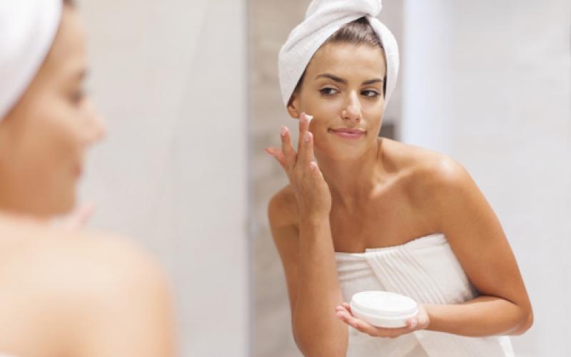 Hoe verzorgen wij onze huid? Instituut Hilde Declerck Torhout